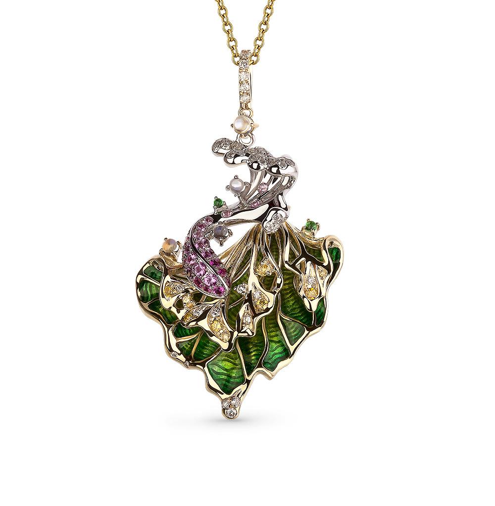 Фото «золотая подвеска с бриллиантами, лунными камнями, цаворитами, эмалью, рубинами и сапфирами»